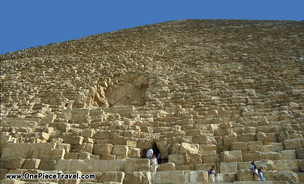 The Great Pyramids of Giza, Egypt Photo Tourist Attractions and Travel