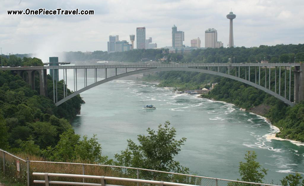 Rainbow Bridge, Niagara Falls, US
